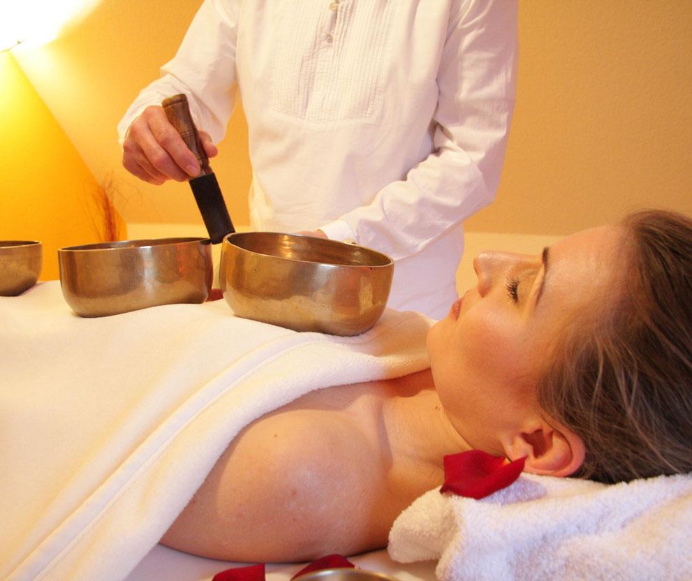 Massagetafels en Massagestoelen gratis bezorging in Nederland